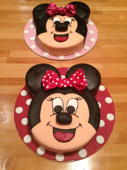 1 Tier Mini Mouse Cakes